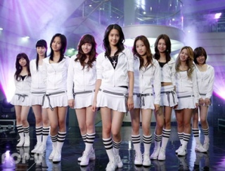 into-the-new-world-girls-generation-snsd-9290319-393-300